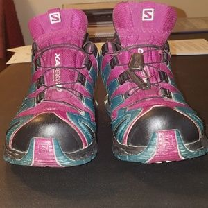 Lightly used Salomon xa pro shoes